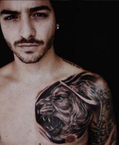Maluma muestra sus nuevos tatuajes en las redes