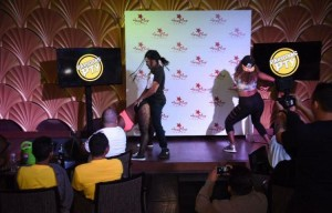 Mini Murcia se robó el 'show' en Karaoke